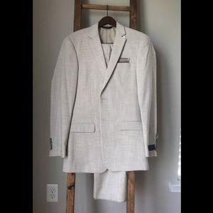 Jos A Bank Suit - 38 Long, 32 Waist